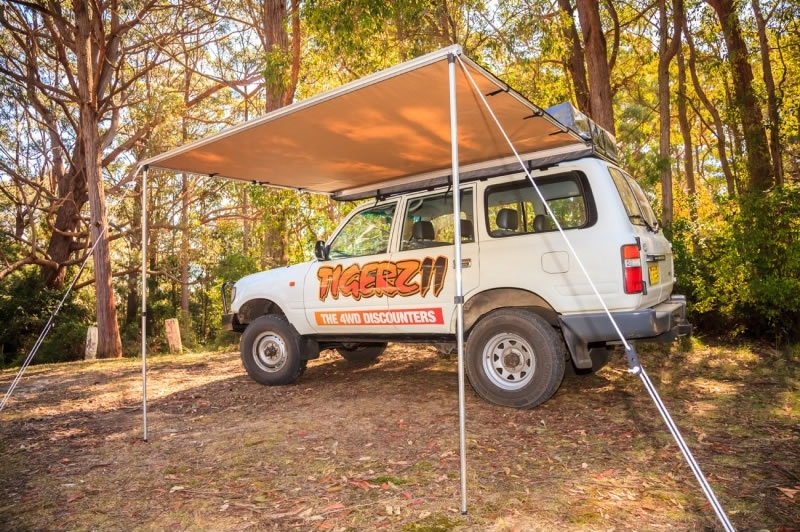 Retractable Vehicle Awning