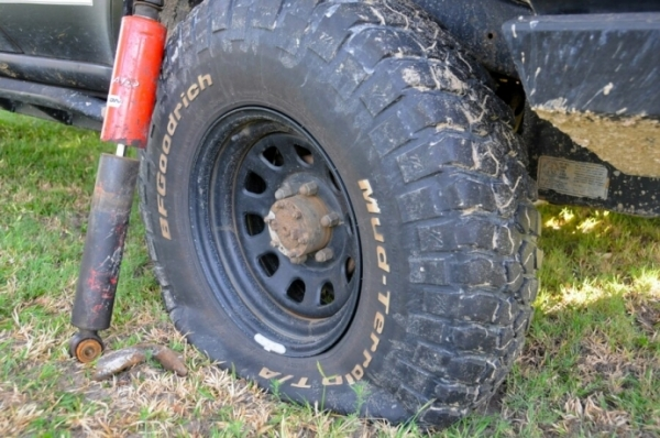 4wd Bush Fixes - Quick Ways To Get Going Again
