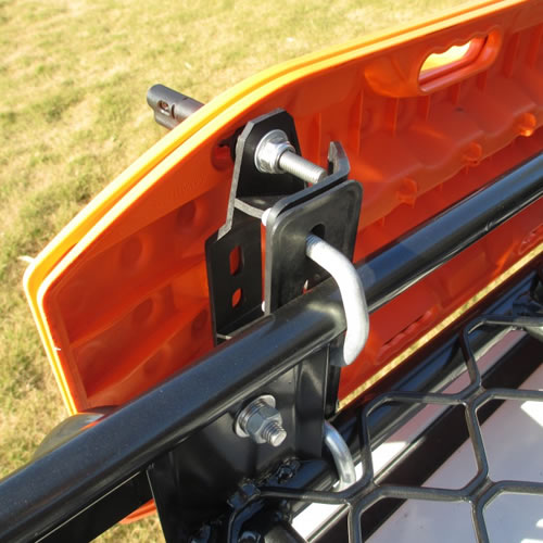 Maxtrax Mounting Brackets With Quick Release Pins