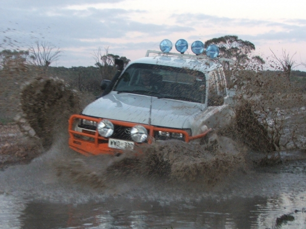 Common Mistakes Offroad: Overspeed On An Obstacle